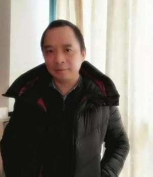 """人民日报刊文谈医生""""炫富"""":靠真本事挣钱,应该点赞"""